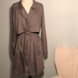 NWOT Cloth & Stone Drapey Trench Warm Gray Sz L